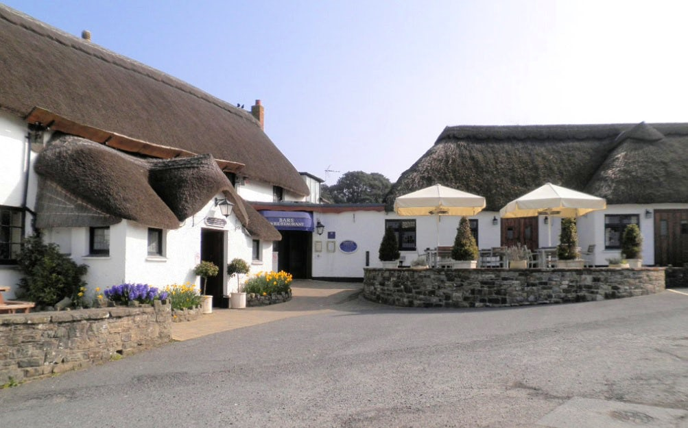 The Williams Arms | pet friendly holidays