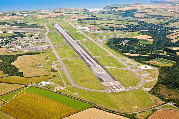 Newquay Cornwall Airport | last minute caravan holidays