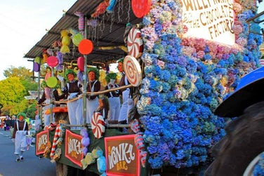 Ilfracombe Carnival | John Fowler Holidays