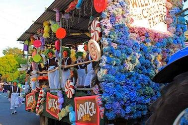 Carnival Fever Hits Ilfracombe | John Fowler UK Family Holidays