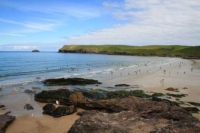 Polzeath Beach | Rock Pooling in Cornwall